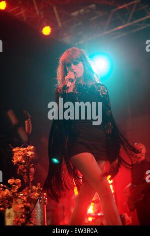Datei-PIC: Glastonbury, UK. 2009. Florence and The Machine Headline Glastonbury Festival auf Freitag, 26. Juni 2015 - Stockfoto