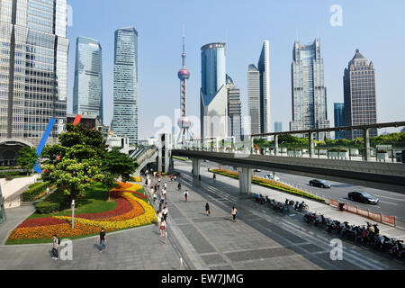 Shanghai Pudong Stadt Oriental Pearl TV Tower, Jin Mao Tower, World Financial Center China - Stockfoto