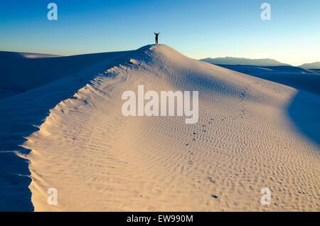 Sonnenuntergang über weißen Sand - USA reisen (Südwesten) - Stockfoto