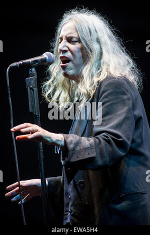Bollate Mailand Italien. 20. Juni 2015. Der amerikanischen Dichterin Sänger und Songwriter PATTI SMITH führt live - Stockfoto