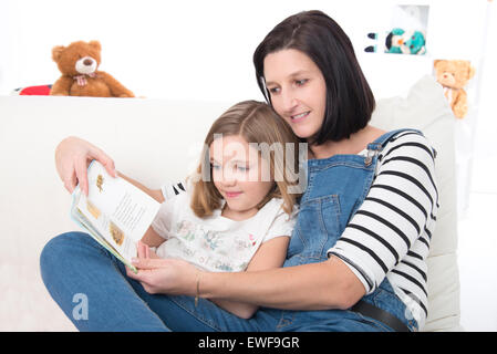 MUTTER & KIND - Stockfoto