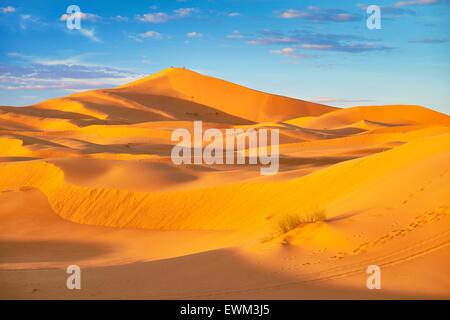 Erg Chebbi Wüste bei Merzouga, Sahara, Marokko - Stockfoto
