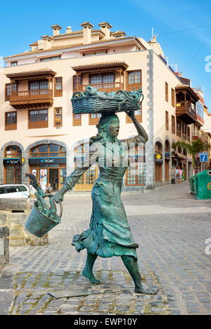 Fisher Frau Statue, Puerto De La Cruz, Teneriffa, Kanarische Inseln, Spanien - Stockfoto