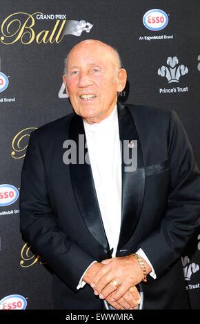 London, UK. 30. Juni 2015. Sir Stiring Moss besuchen den Grand Prix Ball im Hurlingham Club In London Credit: Peter - Stockfoto