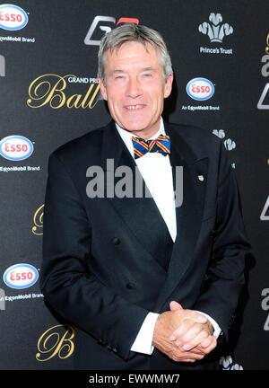 London, UK. 30. Juni 2015. TIFF-Neddell besuchen den Grand Prix Ball im Hurlingham Club In London Credit: Peter - Stockfoto