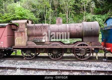 """""""Rust in Peace"""" Graffiti gemalt auf diesem alten Dampfmaschine. Befindet sich auf der Wanne zu Bristol Zyklus Weg - Stockfoto"""
