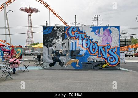 Eine der 30 oder so CONEY Kunst Wände in Coney Island, Brooklyn, New York City - Stockfoto