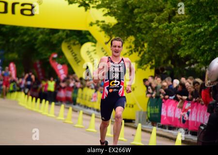 Alistair Brownlee laufen an einem triathlon - Stockfoto
