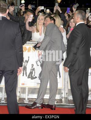 """Sydney, Australien - 6. Juli 2015: Channing Tatum mit Fans auf der """"Magic Mike XXL"""" australische Premiere am 6. - Stockfoto"""