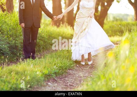 Braut und Bräutigam, Spaziergang in der Natur