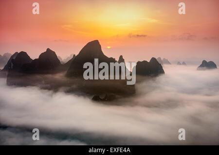 Guilin, China Karstgebirge. - Stockfoto