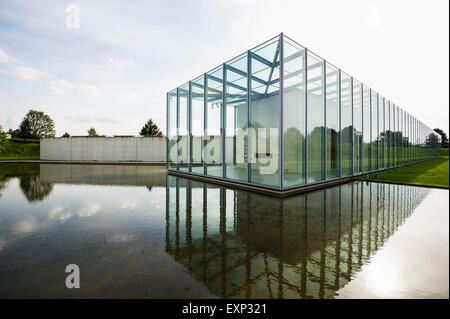 Museum Fur Kunst Und Langen Foundation Architekt Tadao Ando In Der