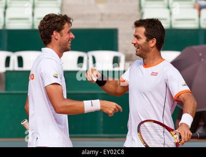 Österreich, KitzbŸhel, Juli 18, 2015, Tennis, Davis Cup, dritte entsprechen Doppel: Olivier Marach/Jürgen Meltzer - Stockfoto