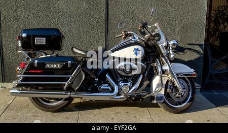 San Francisco Polizei harley-davidson Motorrad auf Vallejo St Chinatown, San Francisco, Kalifornien, USA geparkt - Stockfoto