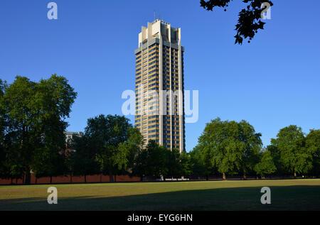 Die Hyde Park Barracks, Knightsbridge, London, Vereinigtes Königreich - Stockfoto