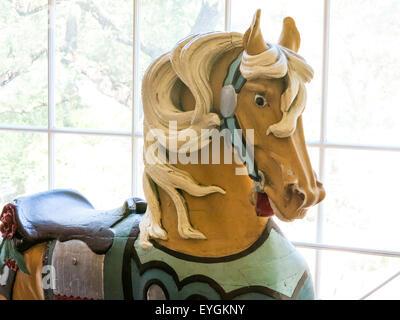 Karussell Tier geschnitzt Pferd Figur, USA - Stockfoto