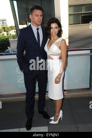 Los Angeles, CA, USA. 1. August 2015. Channing Tatum, Jenna Dewan-Tatum im Ankunftsbereich für Feier Tanzgala, Club - Stockfoto