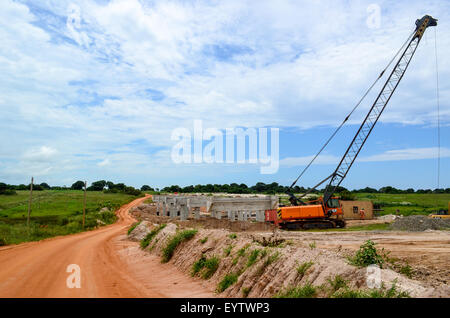 Bau von Soyo - Autobahn Luanda in Angola (Brücke) - Stockfoto