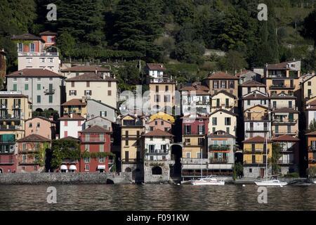 Ansicht des ehemaligen Fischerdorf Dorf Varenna, Comer See, Italien - Stockfoto