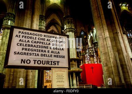 Kein Tourist Schild, Mailänder Dom - Stockfoto