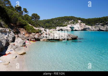Cala Mitjana, in der Nähe von Cala Galdana, Süd-West-Küste, Menorca, Balearen, Spanien, Europa - Stockfoto