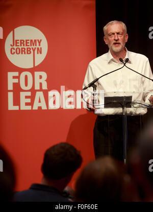 Edinburgh. VEREINIGTES KÖNIGREICH. 14. August. Jeremy Corbyn britischen Labour-Führung dauert Rede in Edinburgh - Stockfoto