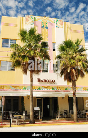 Die bunte Fassade des Barolo Restaurant in South Beach in Miami Beach - Stockfoto