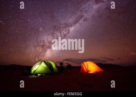 Camping in der Namib-Wüste, Namibia - Stockfoto