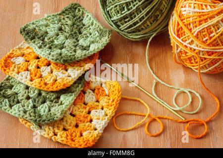 Handgemachte grün häkeln Oma afghanischen Quadrat mit Strang auf ...