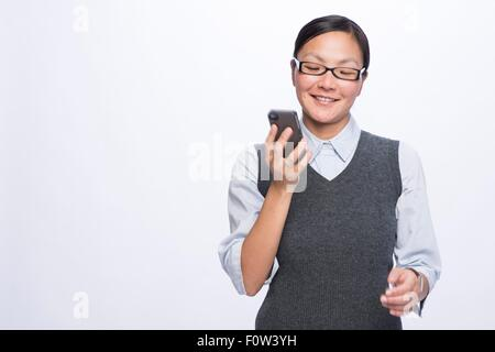 Geschäftsfrau mit smartphone - Stockfoto