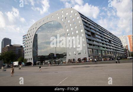 Markthal Gebäude in Binnenrotte, zentrale Rotterdam in den Niederlanden abgeschlossen 2014 Architekten MVRDV - Stockfoto