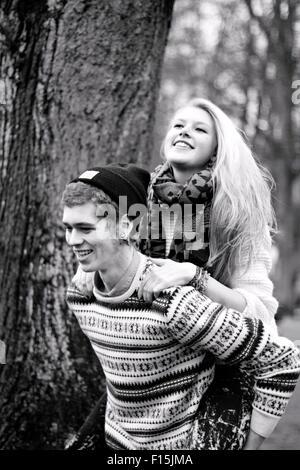 Junge Paar - Stockfoto