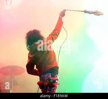 Portsmouth, UK. 29. August 2015. Siegreiche Festival - Samstag. Wayne Coyne von den Flaming Lips die Schlagzeile - Stockfoto