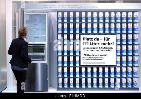 Bosch Kühlschrank Deutschland : Berlin deutschland stand bosch auf der ifa 2014 stockfoto bild