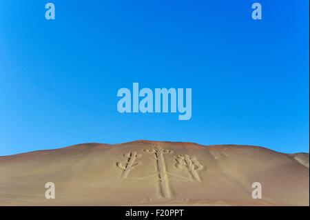 nationalreservat paracas paracas candelabro geoglyph paracas kultur 200 bce stockfoto bild. Black Bedroom Furniture Sets. Home Design Ideas