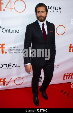 Toronto, Kanada. 10. Sep, 2015. Schauspieler Jake Gyllenhaal posiert für Fotos vor der Vorführung des Eröffnungsfilms - Stockfoto
