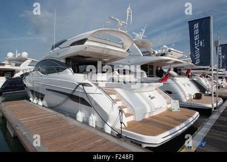 Southampton, UK. 11. September 2015. Southampton Boat Show 2015. Die Prinzessin S65 auf der Messe ins Leben gerufen - Stockfoto