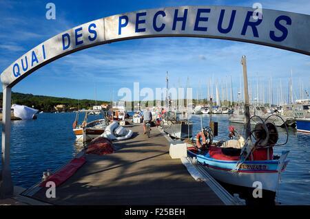 Frankreich, Var, Iles d'Hyeres, Parc National de Port Cros (National Park von Port Cros), Porquerolles island, Fishermans - Stockfoto