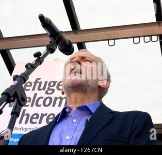 London, UK. 12. Sep, 2015. Jeremy Corbyns ersten Aktes als Labour-Chef wurde zu eine Demonstration zur Unterstützung - Stockfoto
