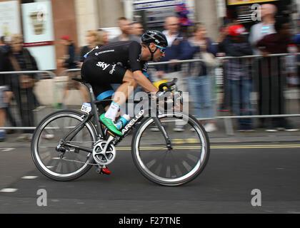 London, UK. 13. Sep, 2015. Tour durch Großbritannien Bühne acht. London-Finish. Stufe acht Sieger Elia Viviani Team - Stockfoto