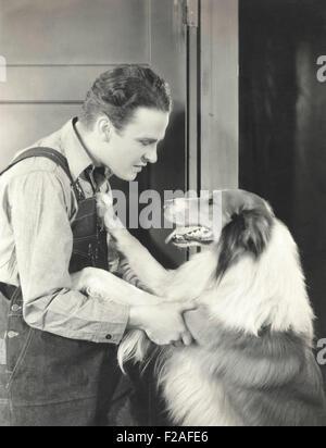 Mann und seine Collie (OLVI008_OU442_F) - Stockfoto