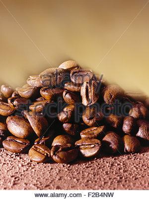 Geröstete Kaffeebohnen - Stockfoto