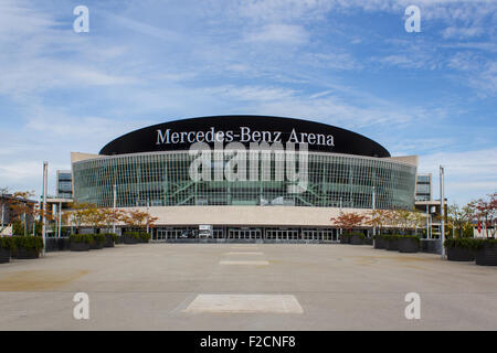 mercedes benz arena sport stadion ehemalige gottlieb. Black Bedroom Furniture Sets. Home Design Ideas