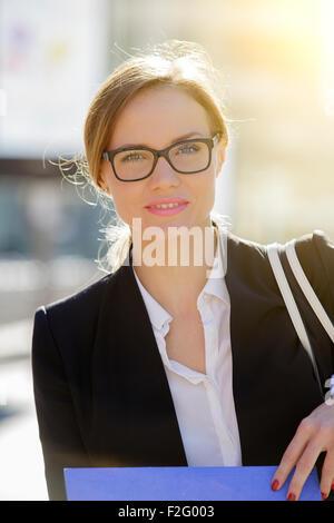 Porträt einer Geschäftsfrau - Stockfoto