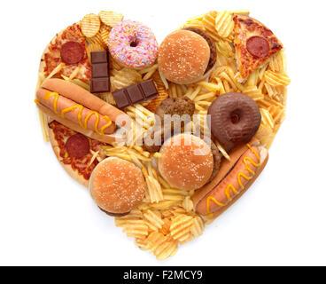Junk-Food in der Form eines Herzens - Stockfoto