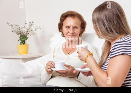 Flirten mit einer älteren frau