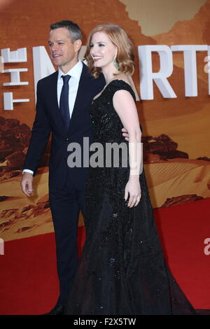 "London, UK. 24. September 2015. Matt Damon und Jessica Chastain besuchen Sie die Europa-Premiere von ""The Martian"" - Stockfoto"
