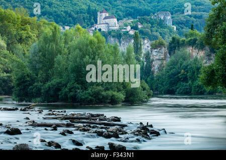 der Fluss Lot bei St Cirque Lapopie, Quercy, Frankreich - Stockfoto