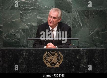 New York, NY, USA 29. Sep, 2015. Tschechische Präsident Milos Zeman spricht der 70. Tagung der Generalversammlung der Vereinten Nationen am Sitz Vereinten Nationen in New York am 29. September 2015. Bildnachweis: UN Photo/Cia Pak/Xinhua/Alamy Live-Nachrichten