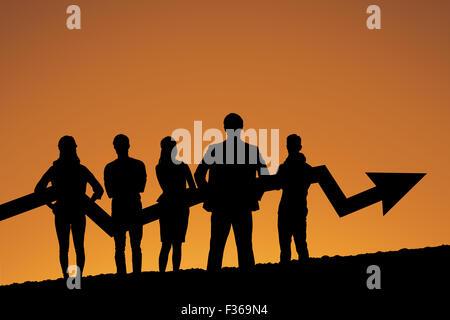 Zusammengesetztes Bild Business Teams mit Pfeil - Stockfoto